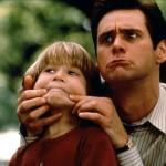 Parce qu'on a qu'un papa, il est important de profiter de son expérience. Alors voici 10 trucs qu'un père doit apprendre à son fils durant sa jeunesse.