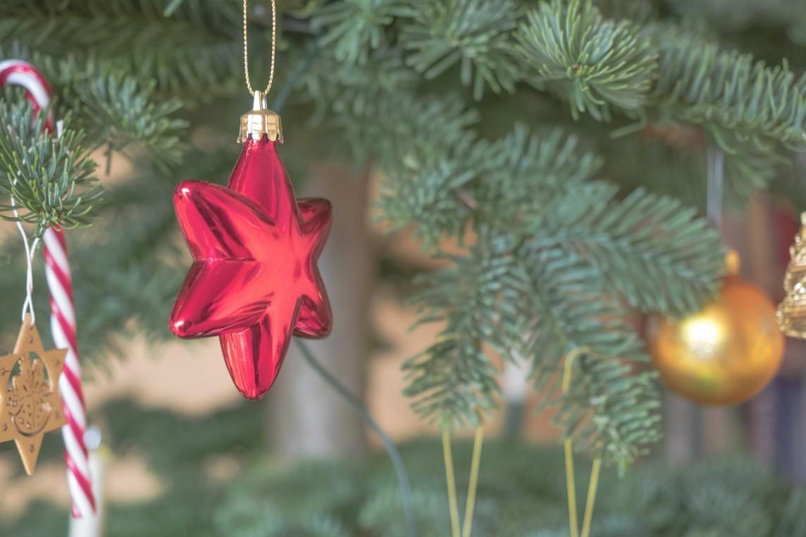L'organisation de Noël après la séparation n'est jamais une chose facile mais voici quelques conseils pour aider les parents séparés.
