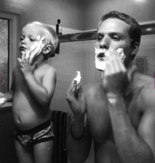 La relation d'un père et de son garçon